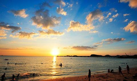 10 ที่ท่องเที่ยวฮิตชลบุรี ระยอง เมืองริมทะเลอ่าวไทย