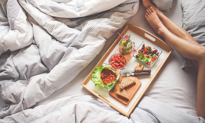5 พฤติกรรมทำร้ายหุ่นสวยให้พัง กับการกินอาหารเช้าแบบผิดๆ ที่คุณต้องรู้ !