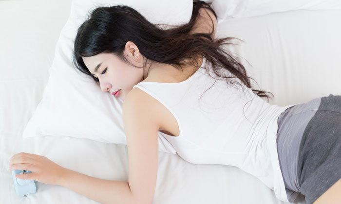 นอนอย่างไรให้ผิวสวย เคล็ดลับง่ายๆ ที่สาวอยากผิวสวยไม่ควรพลาด !