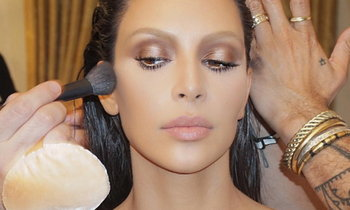 How To Clean Makeup Brushes by Kardashian's Makeup Artist