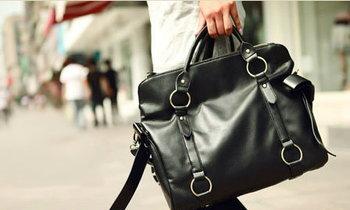 เลือกสีกระเป๋า ให้เข้ากับชุดสวย