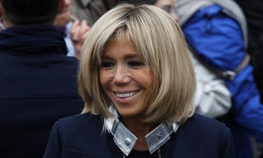 """มารู้จัก """"บริจิตต์ โทรนเญอซ์"""" สตรีหมายเลขหนึ่งของฝรั่งเศสคนล่าสุด เจ้าของตำนานรักต่างวัย"""