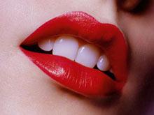 แต่งริมฝีปากให้อวบอิ่มน่าจูบ+ถอนขนคิ้วให้ง่ายขึ้น