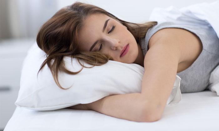 4 วิธีลดเครียดก่อนนอน