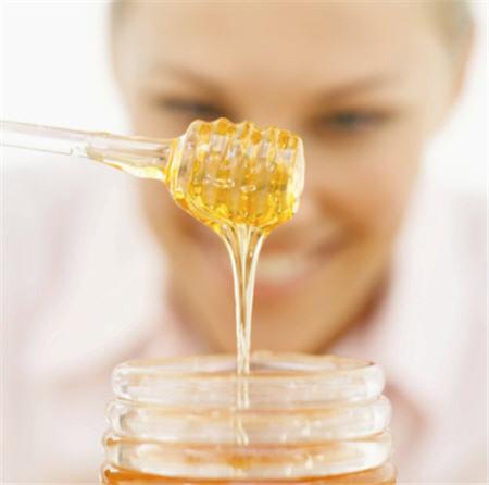 น้ำผึ้ง อัญมณีแห่งความงามอย่างแท้จริง