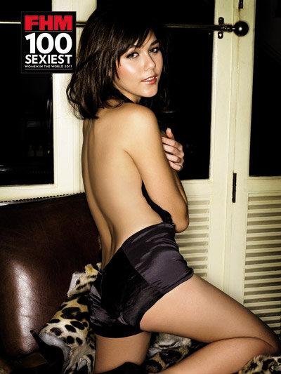 ชมพู่ อารยา ชวนโหวต ลุ้น! ผู้หญิงที่เซ็กซี่แห่งปี 2011