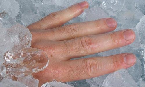 อาบน้ำเย็นจัดแก้ปวดเมื่อยกล้ามเนื้อ วิธีที่ได้ไม่คุ้มเสีย