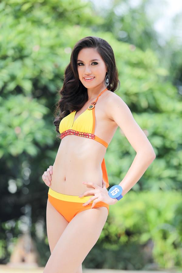 มิสไทยแลนด์เวิลด์ 2015 ชุดว่ายน้ำ อวดโฉม สวย มั่น เป๊ะ