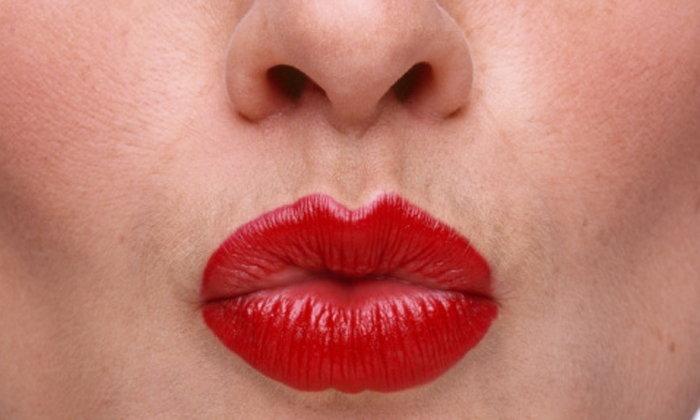 5 เคล็ดลับแก้ปัญหาริมฝีปากดำคล้ำให้สวยสดใส
